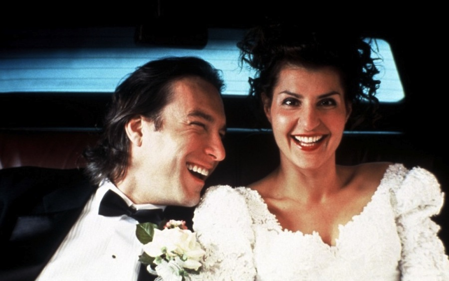 """кадр из фильма """"Моя большая греческая свадьба"""""""