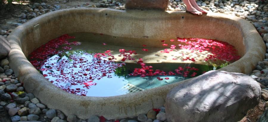 ванна с лепестками роз, термальные ванны, Хайнань