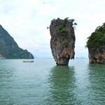 Остров Джеймса Бонда в заливе Пхангнка. Таиланд
