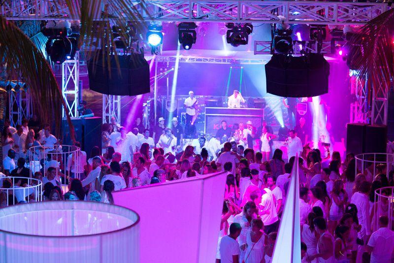 Вечеринка White party в Ku De Ta
