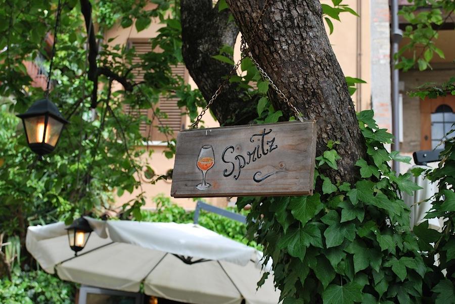 летняя веранда ресторана на Сирмионе