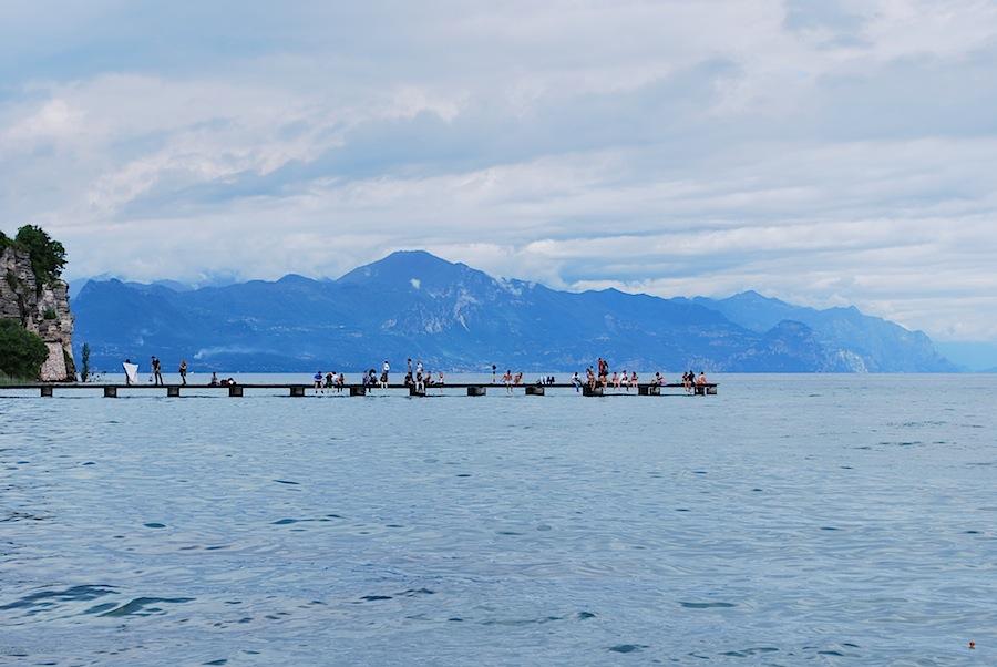 пирс на озере Гарда на Сирмионе