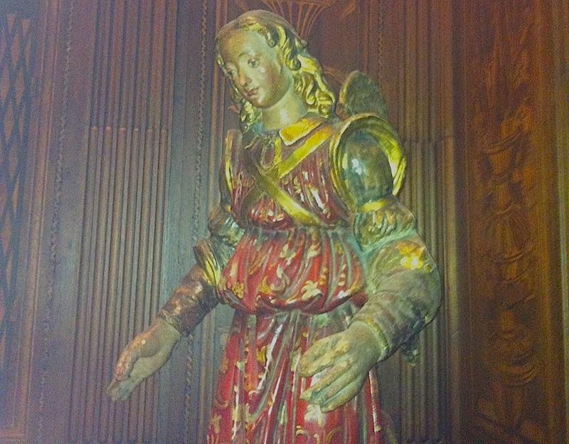 скульптура в ризнице, где скрывался Лоренцо Медичи