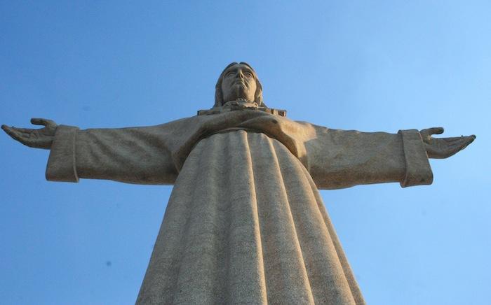 Статуя Христа, вид с пьедестала