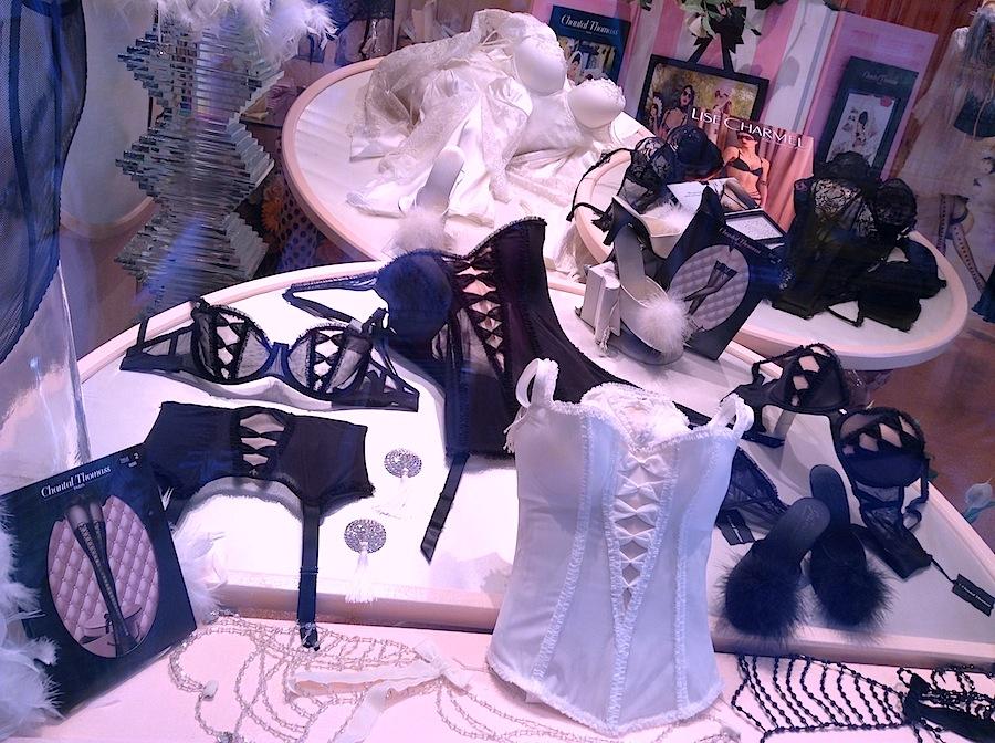 бутик нижнего белья в Венеции