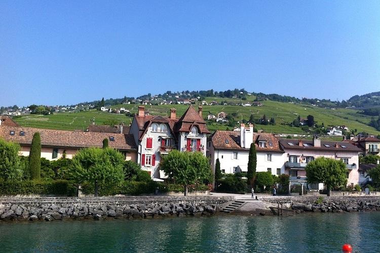 яхта на озере Леман, Швейцария