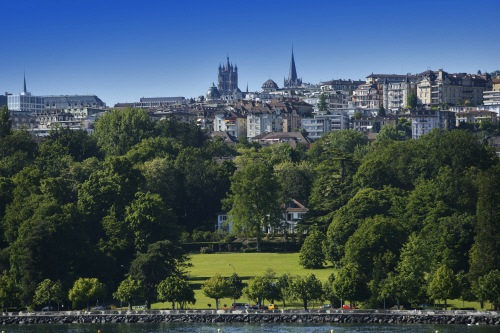 Swiss Cities: A green city by the lake