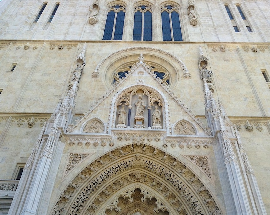 фасад Загребского собора