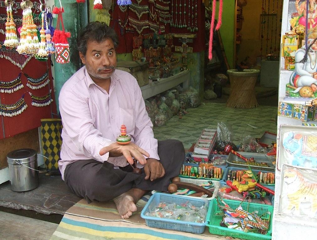 Уличный торговец в Пушкаре