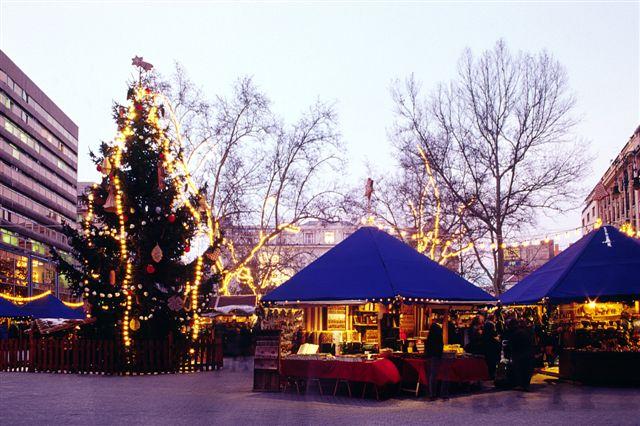 рождественские павильоны, Будапешт