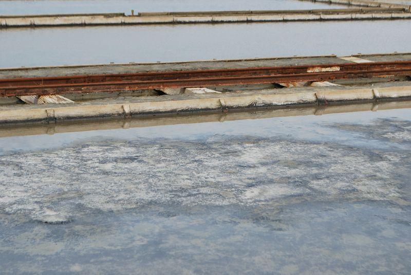 соль, образующаяся в каналах
