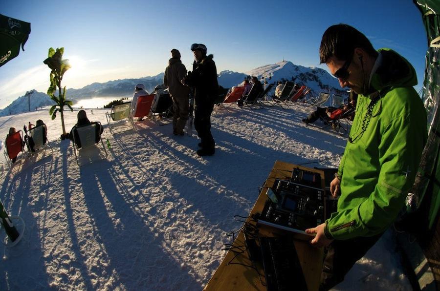 лыжники Виллара