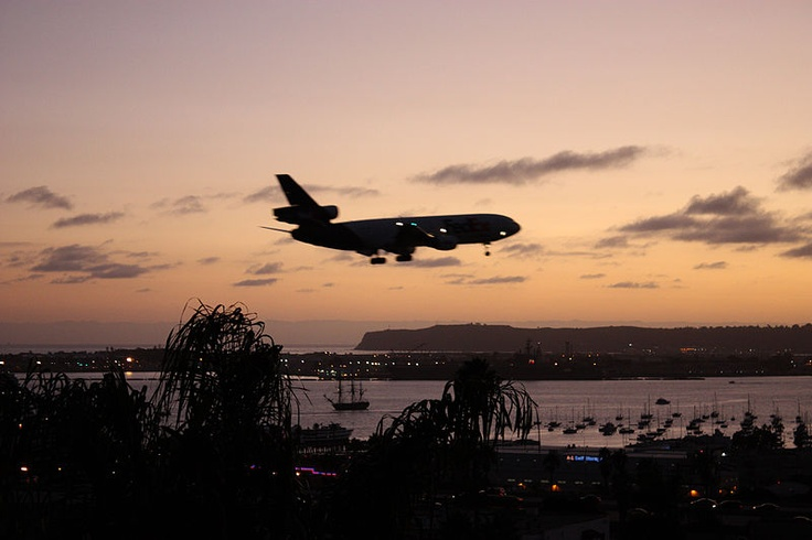 самолет в Сан-Диего
