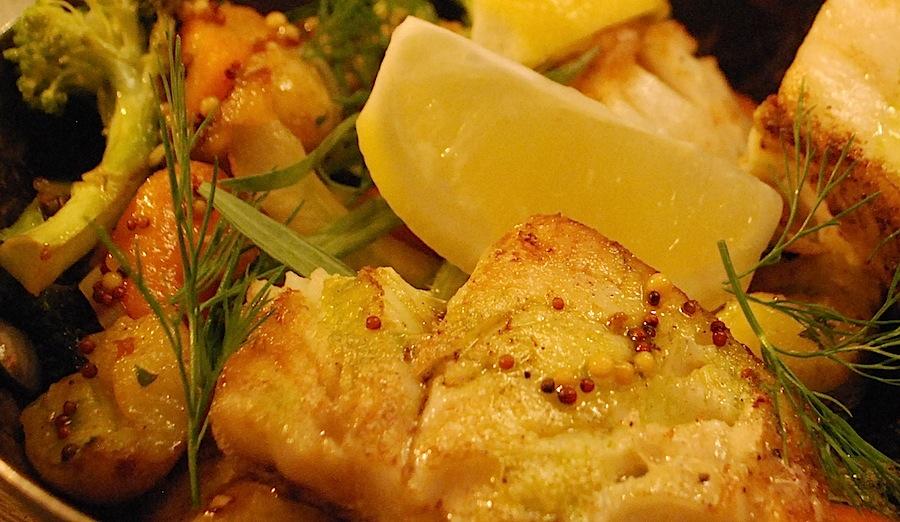 Блюда с курицей и сметаной в духовке