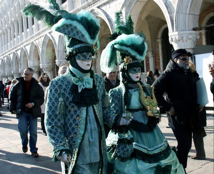 карнавал в Венеции, Маски
