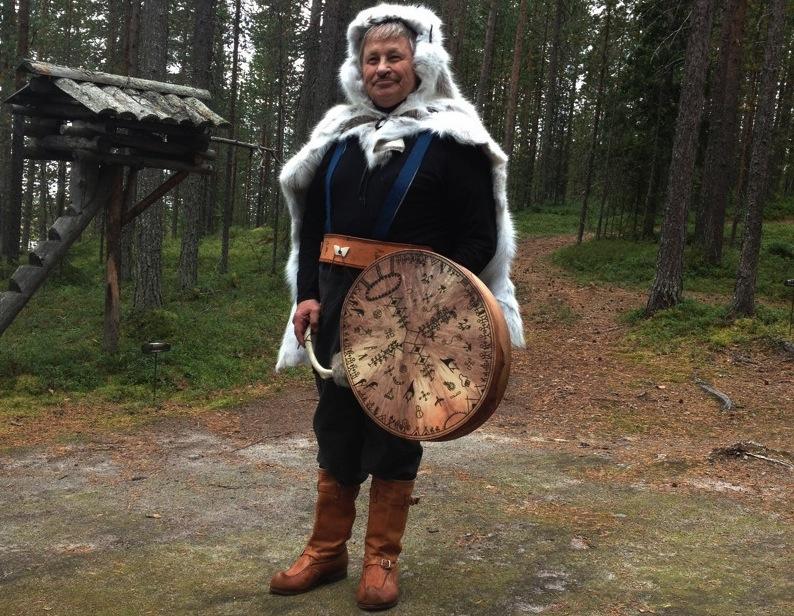 финский шаман