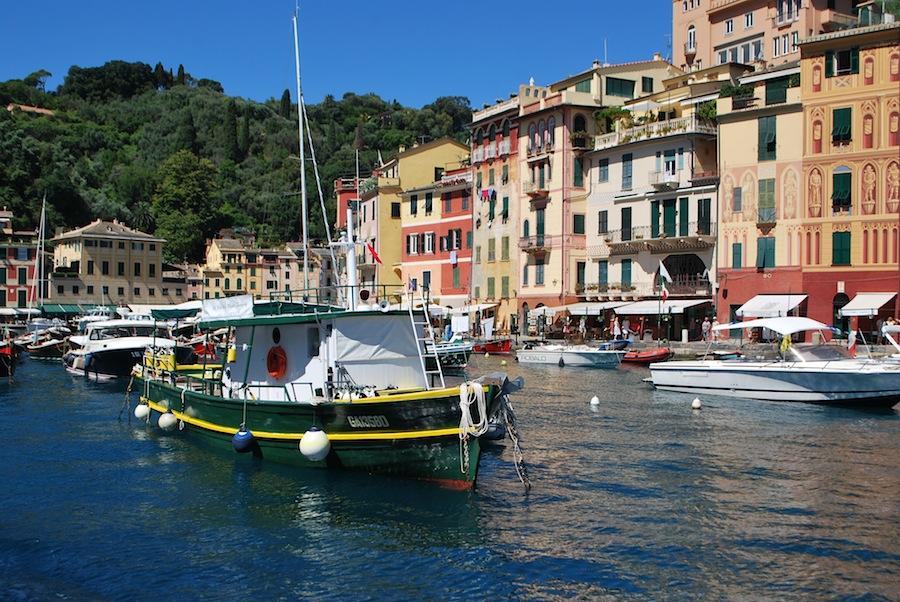 лодки на причале Портофино
