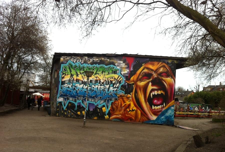 граффити в Христиании