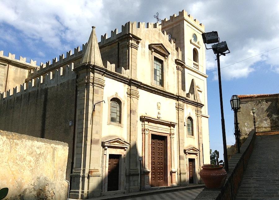 вот как церковь Санта-Лучия выглядит сегодня