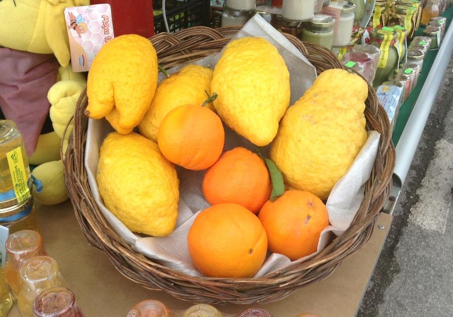 сицилийские лимоны и апельсины