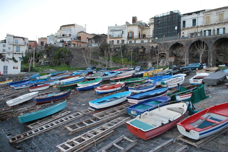 Ачитрецца, рыбацкие лодки