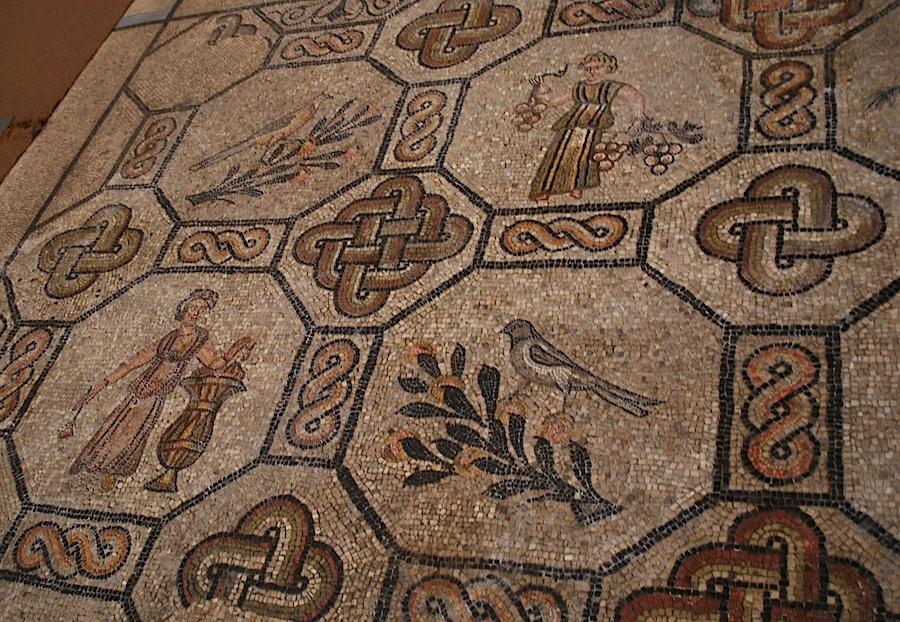 времена года и райские птица, мозаики Аквилеи