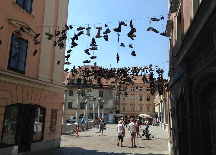 инсталяция на улице Любляны