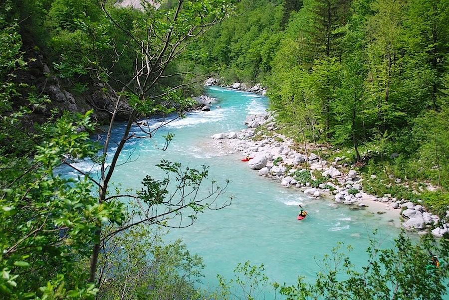 Изумрудная река Соча