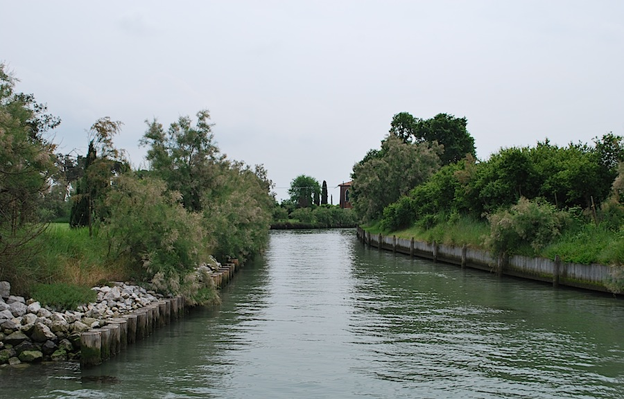 каналы на острове Торчелло