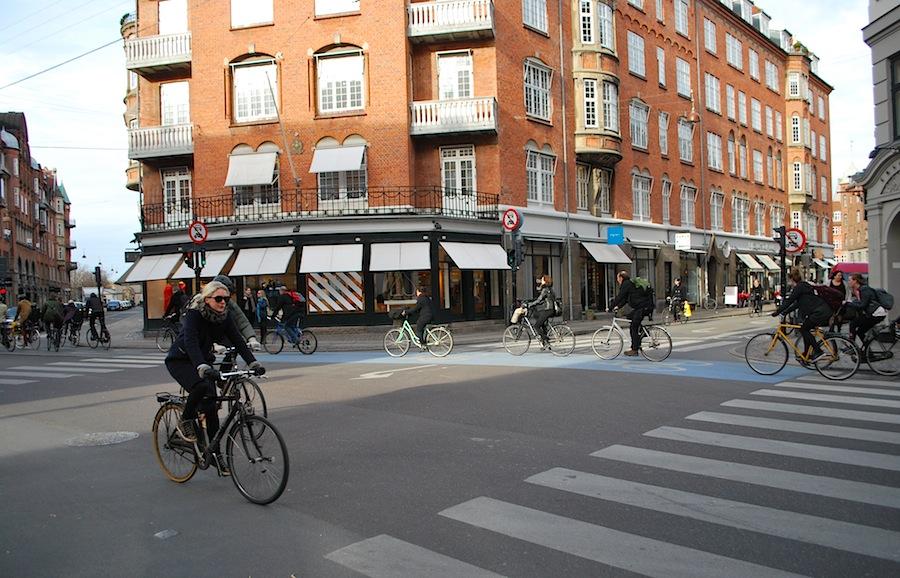 велосипед - главный транспорт Копенгагена