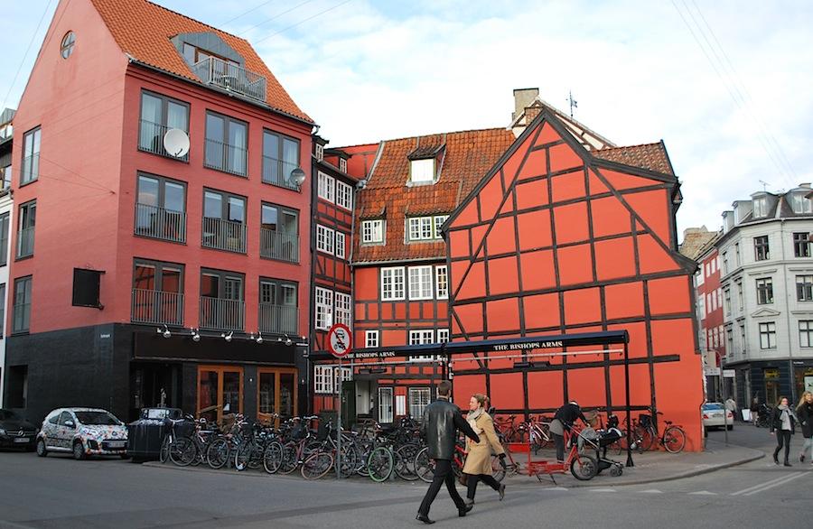 цветные дома в центре Копенгагена