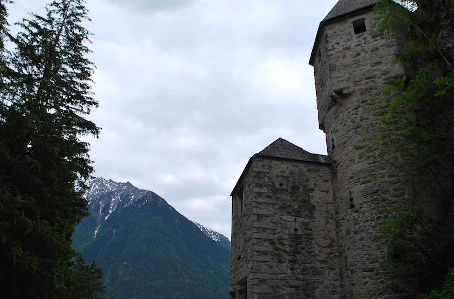 замок Турес (Тауферс) в Альто-Адидже