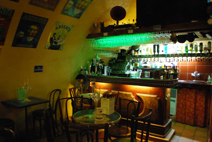 бар Absinthe в Антибе