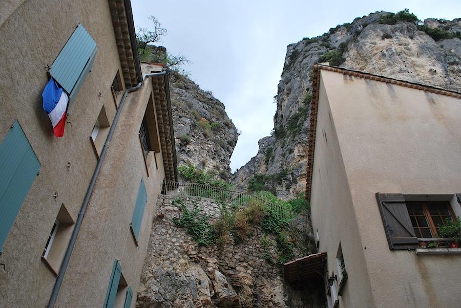 Мутье-Сент-Мари, Moustiers-Sainte-Marie