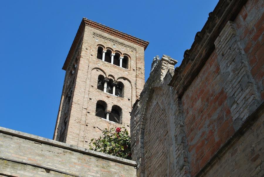 башня Равенны