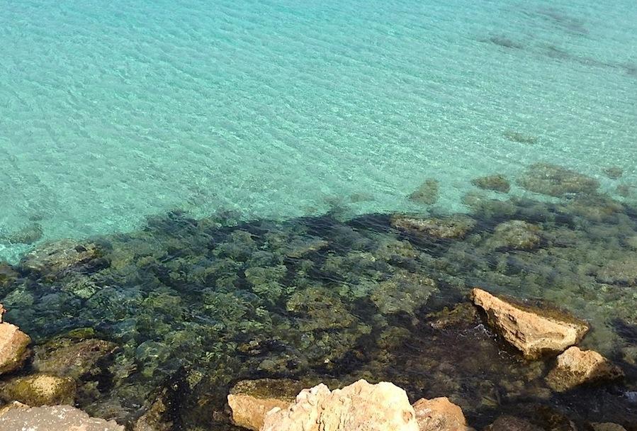 бирюзовое море у берегов Форментеры