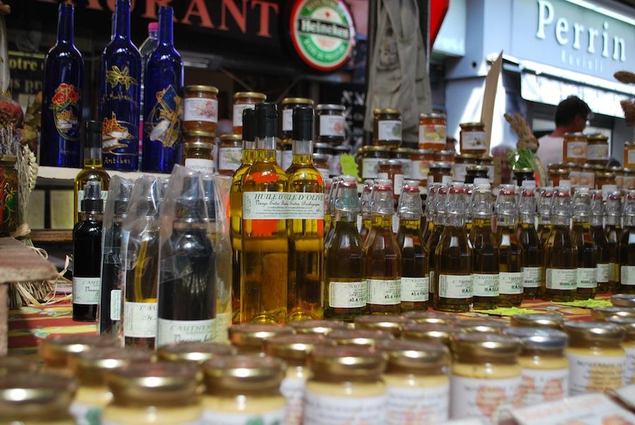 оливковое масло на Провансальском рынке
