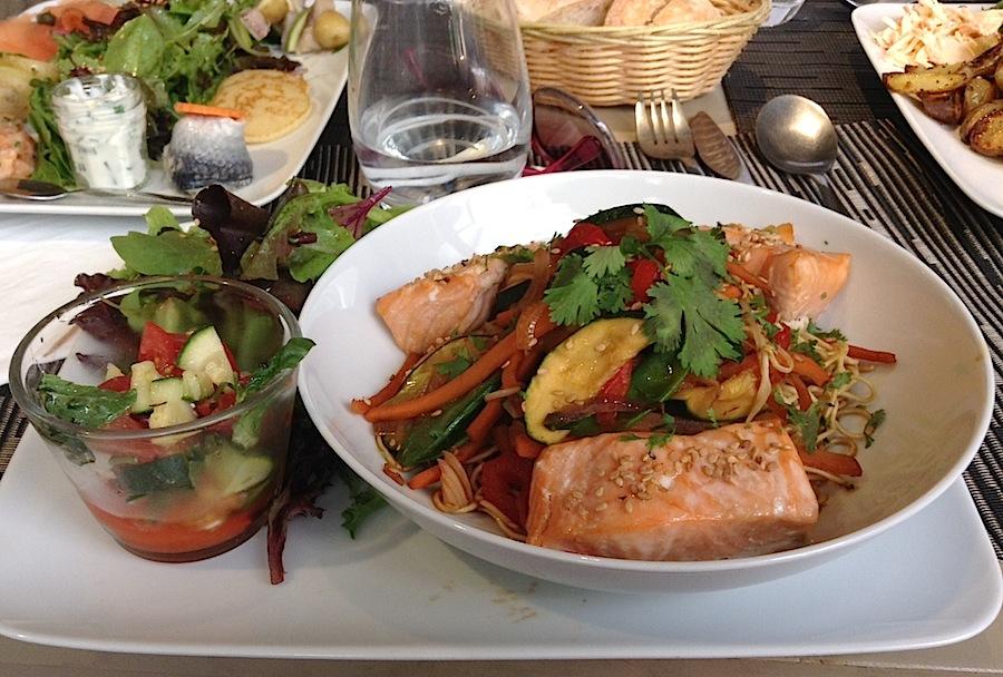 лосось в ресторане «La cour des Thés»