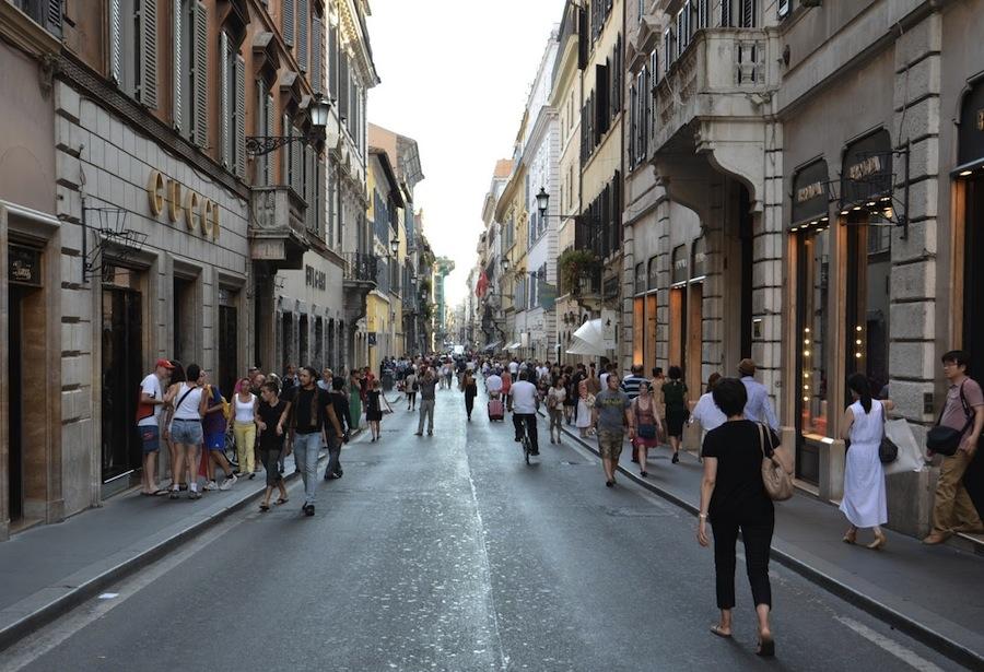 Виа Дей Кондотти (Via dei Condotti), Рим