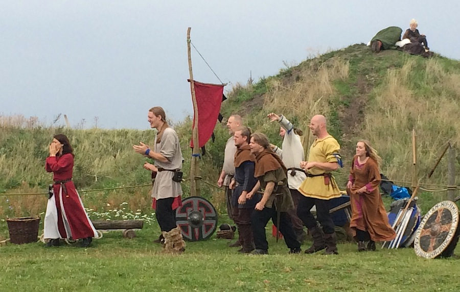 Игры викингов в деревне Foteviking