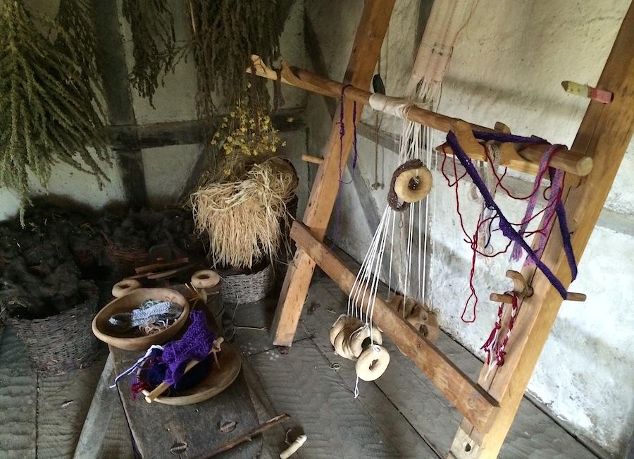 прядильный станок в деревне викингов