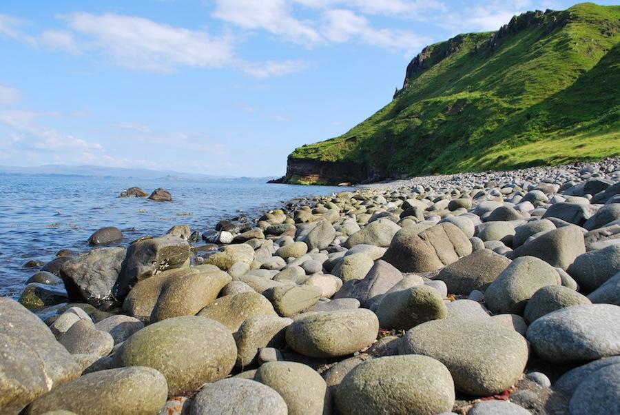 Шотландия, остров Скай, море