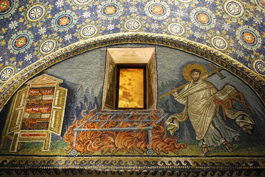 мозаика изображающая Святого Лоренца (Сан-Лоренцо), мавзолей Галлы Плацидии