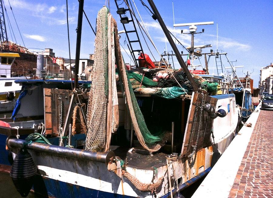рыбацкие лодки в Кьодже