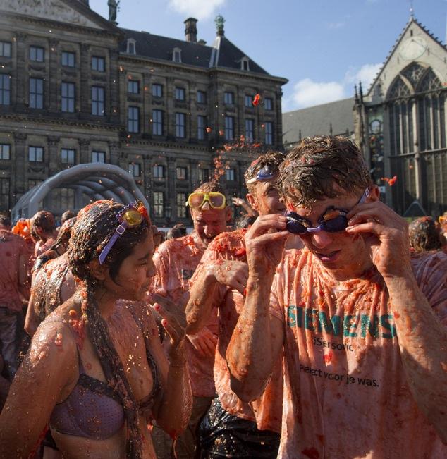 Томатные бои в Амстердаме