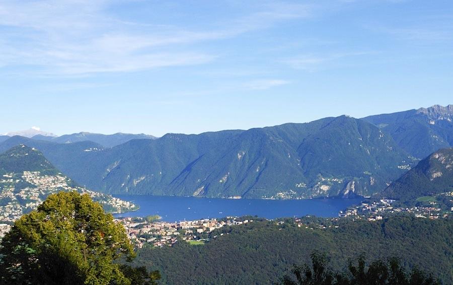 Вид на озеро Лугано с горы Сан-Сальваторе