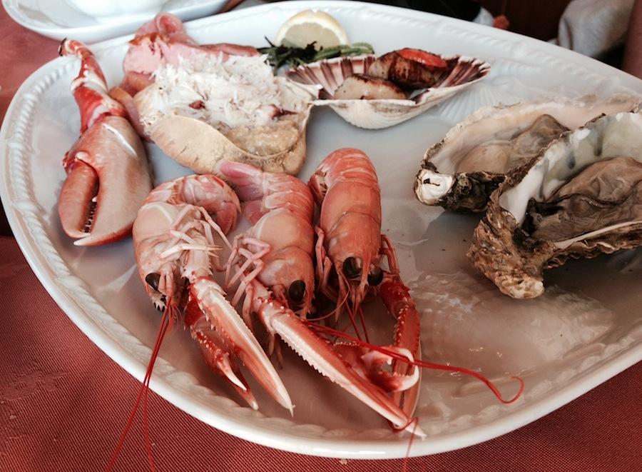 ассорти дары моря в The oystercatcher