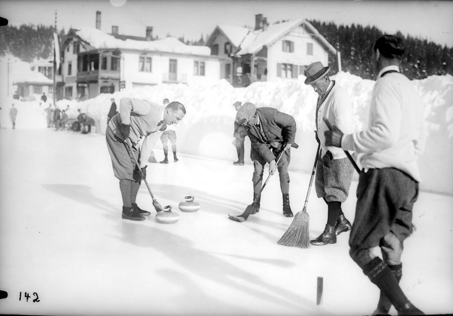 игра в керлинг, 1930 год