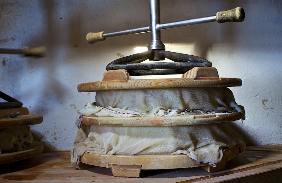 производство сыра в Швейцарии