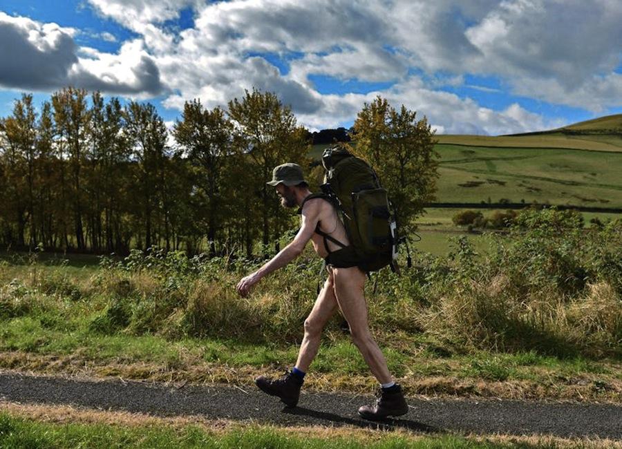 Фото работа где ходят голыми